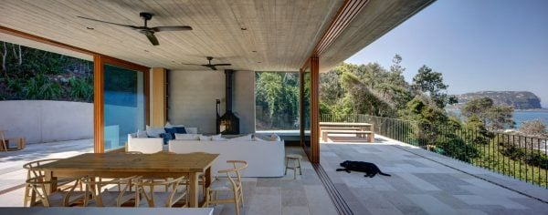Cheminees Philippe Radiante 747. Macmasters Beach House - Designer: Polly Harbison, Photographer: Bret Boardman